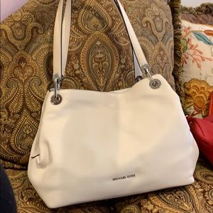BRAND NEW MK WHITE SHOULDER BAG